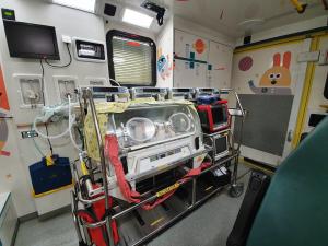 Incubator in ambulance